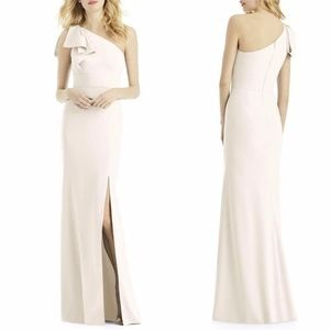 6769 AFTER SIX Ivory CREPE Bow ONE SHOULDER GOWN